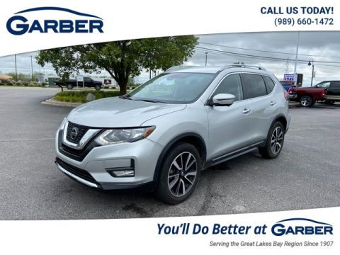 Pre-Owned 2019 Nissan Rogue SL With Navigation & AWD